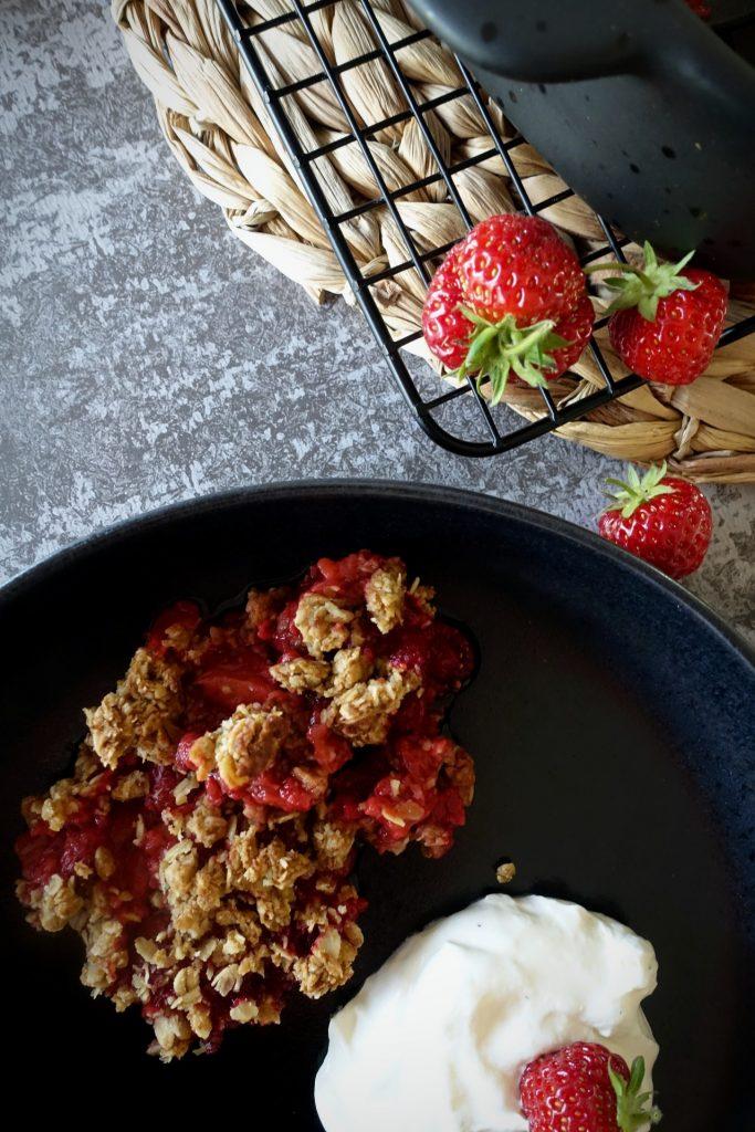 Crumble med jordbær